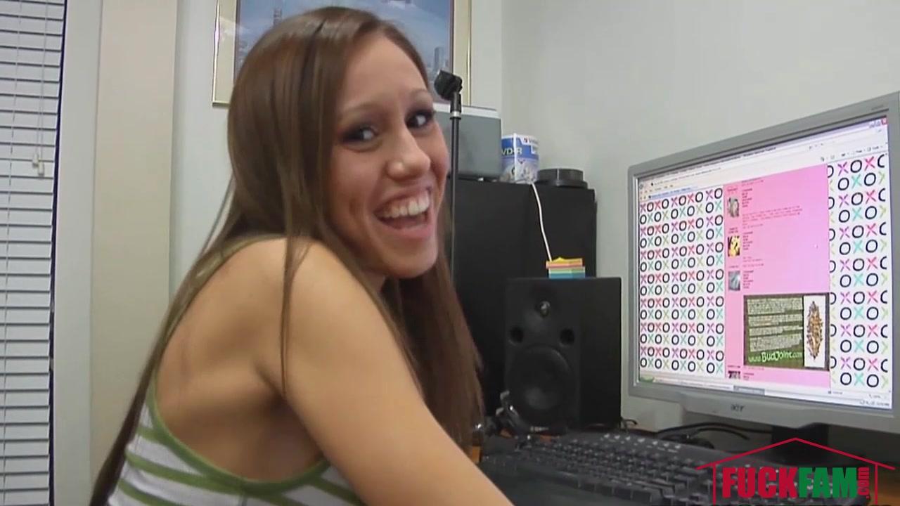 Porno photo Tracker login