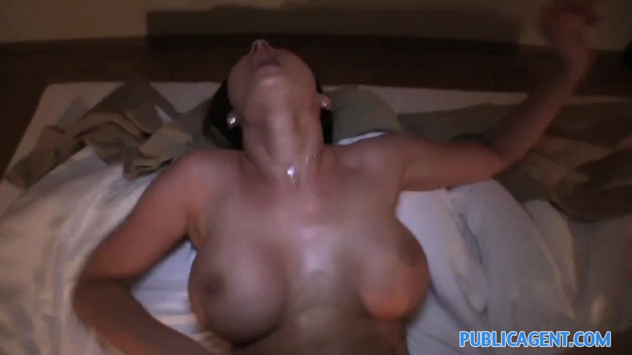 Hot Nude Valentine jazz song