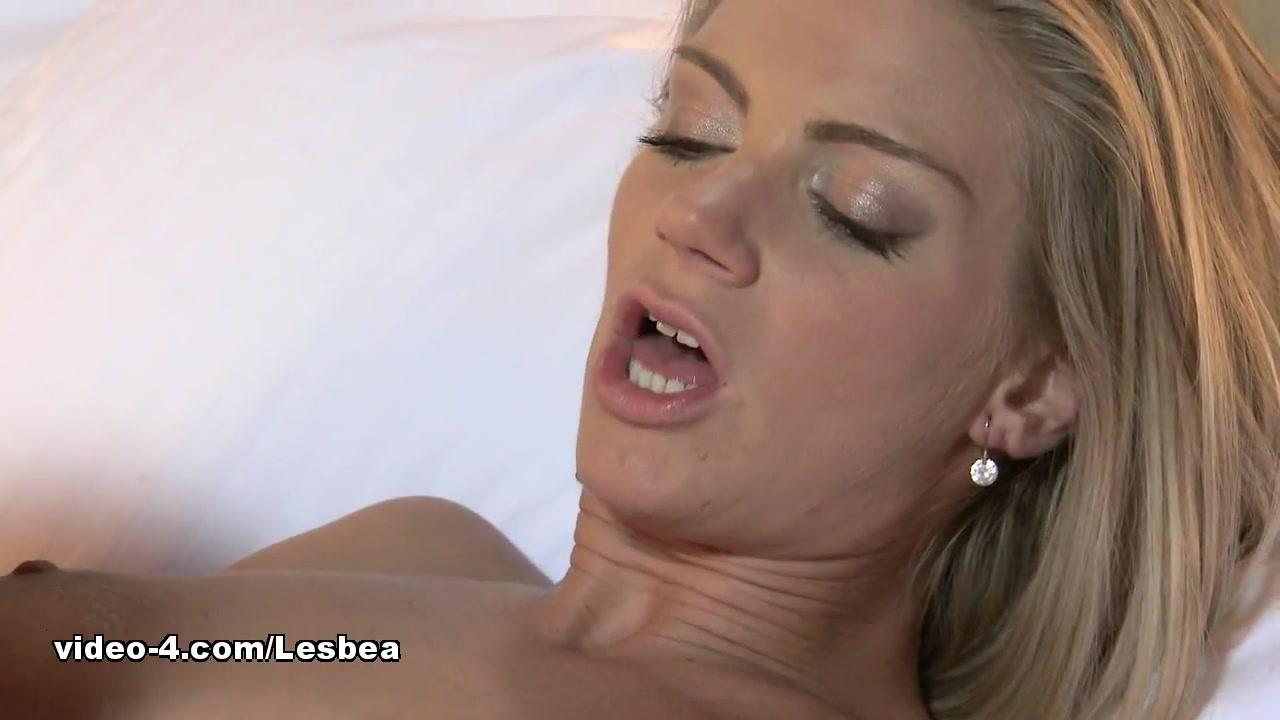 Pornex Latina orgies lesbiam