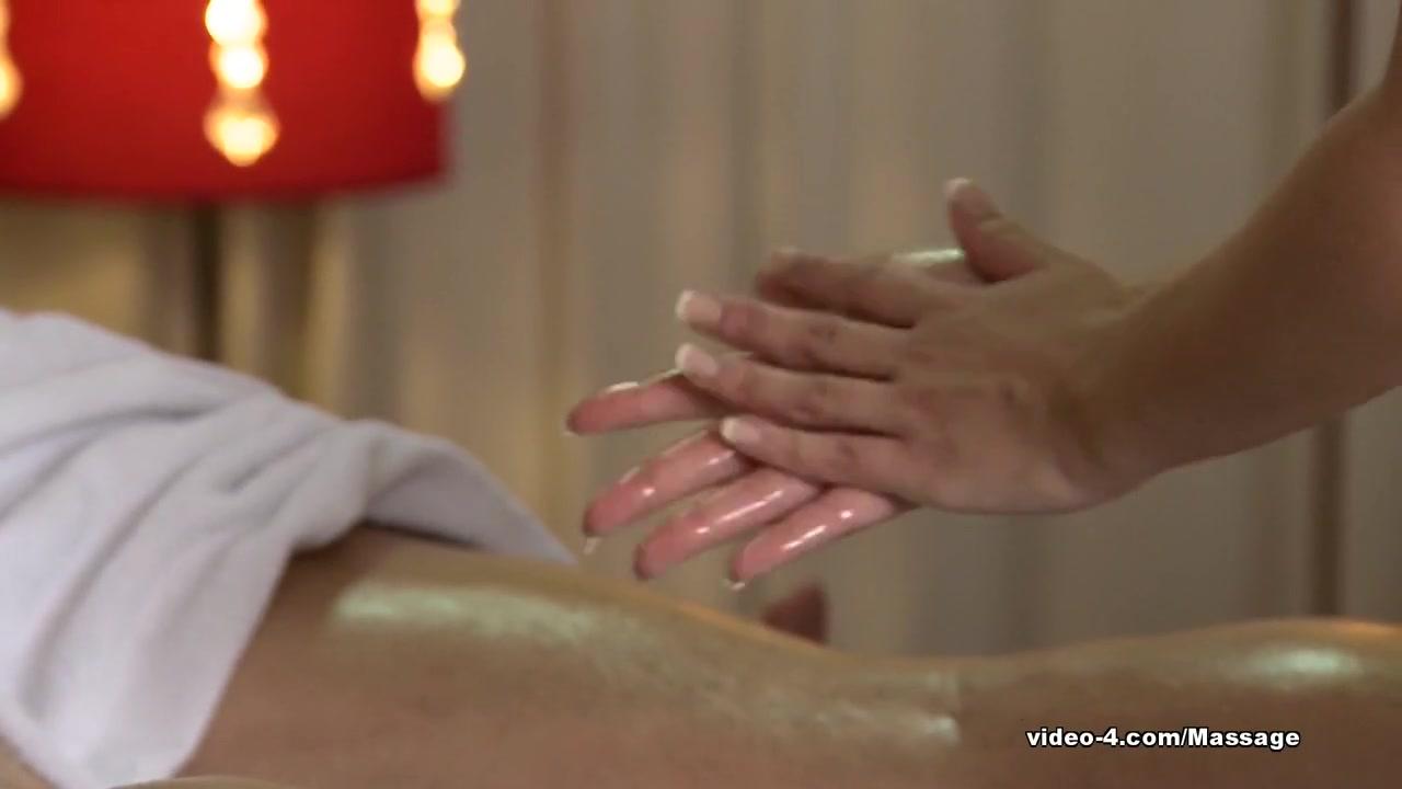 Lesbiian fuckk masturbates Panties