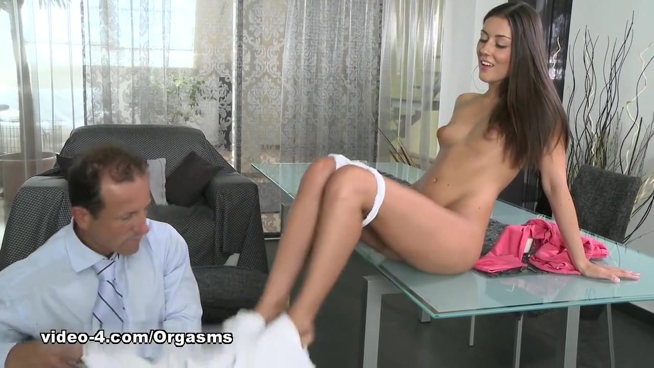 Jennifer tate hairy pussy Porn pic
