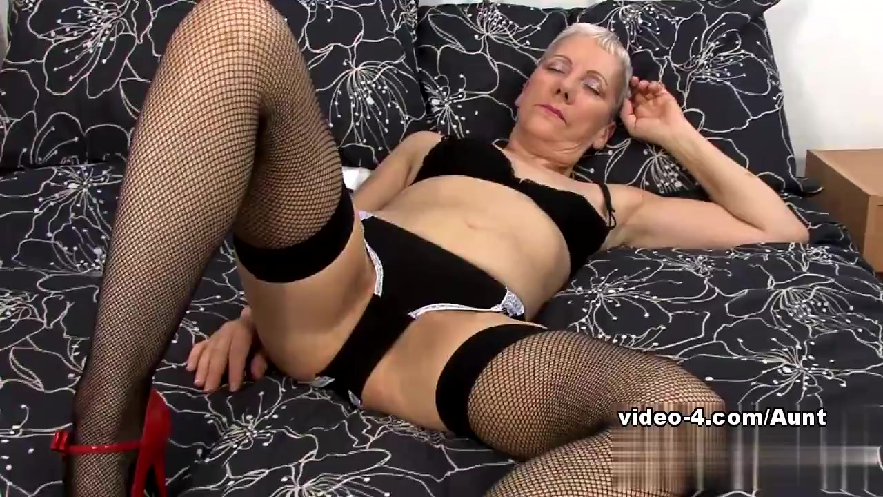Mature couple porn movies Naked xXx