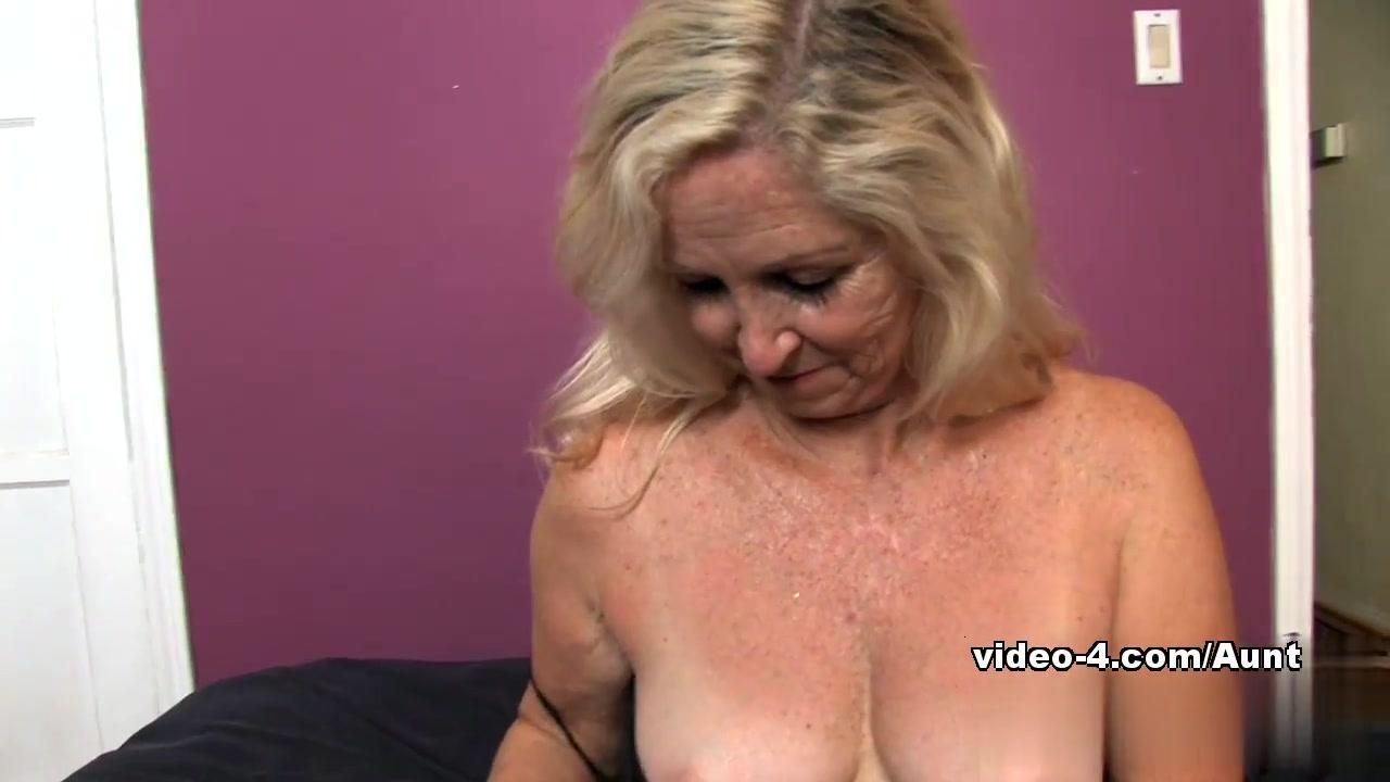Dildo machine pics New porn