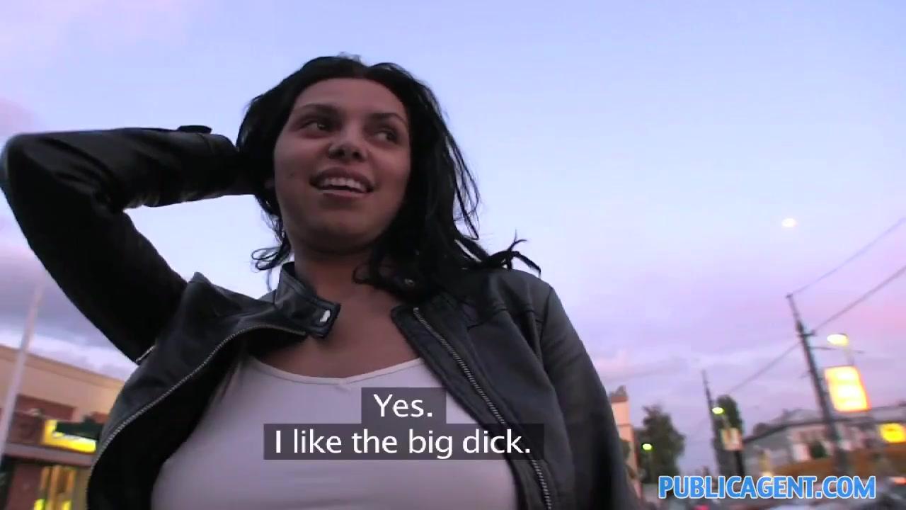 FuckBook Base Piper perri tries her first bbc