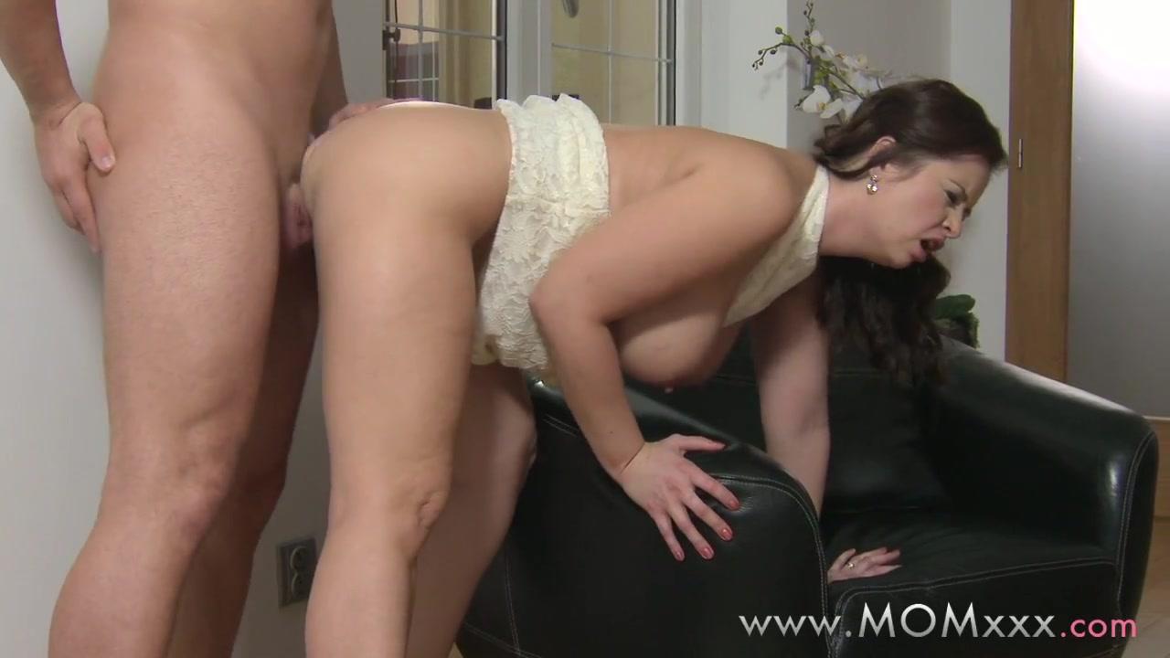 Sexy Video Hot bbw friend working hard