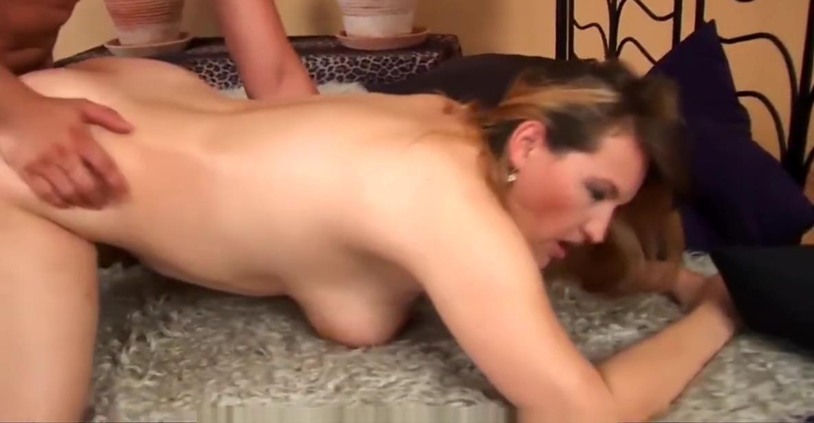 Lusty MILF Hermina gets banged good