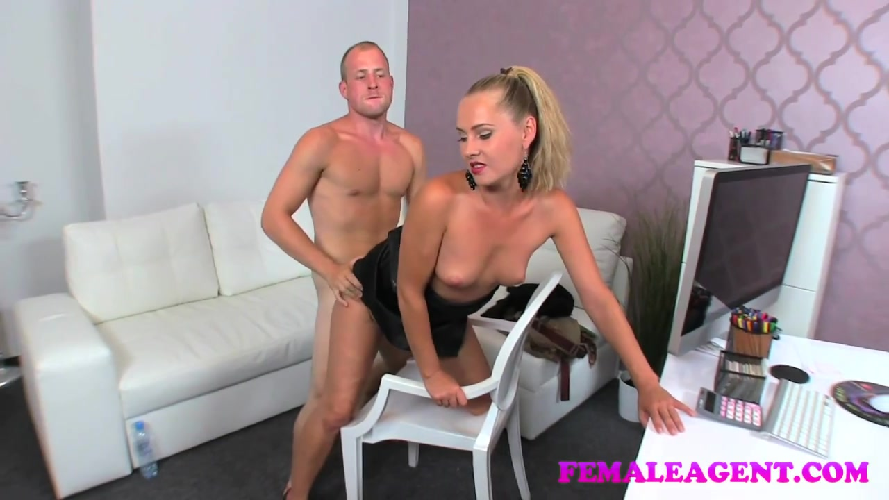 Hot Nude gallery Wwe trish stratus breast