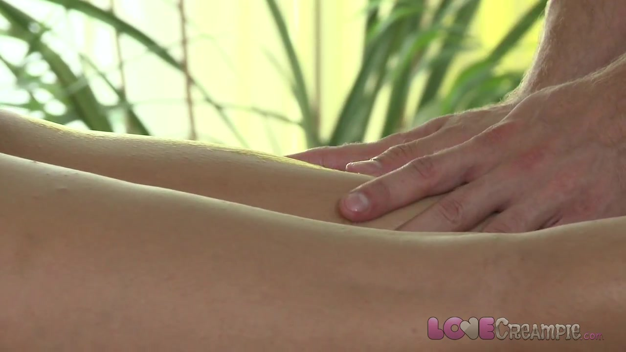 Naked xXx Spying and fucking my step-sister