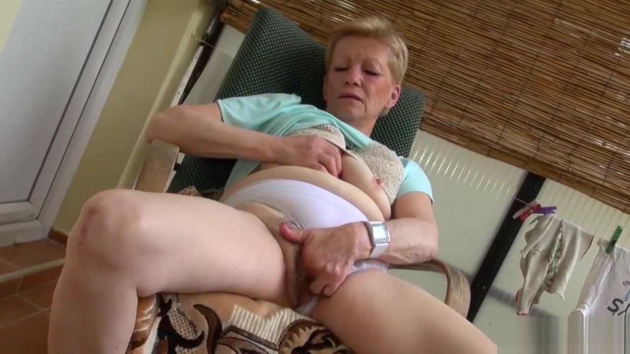 Babe Uses A Toy On Herself And Granny the best porn movie