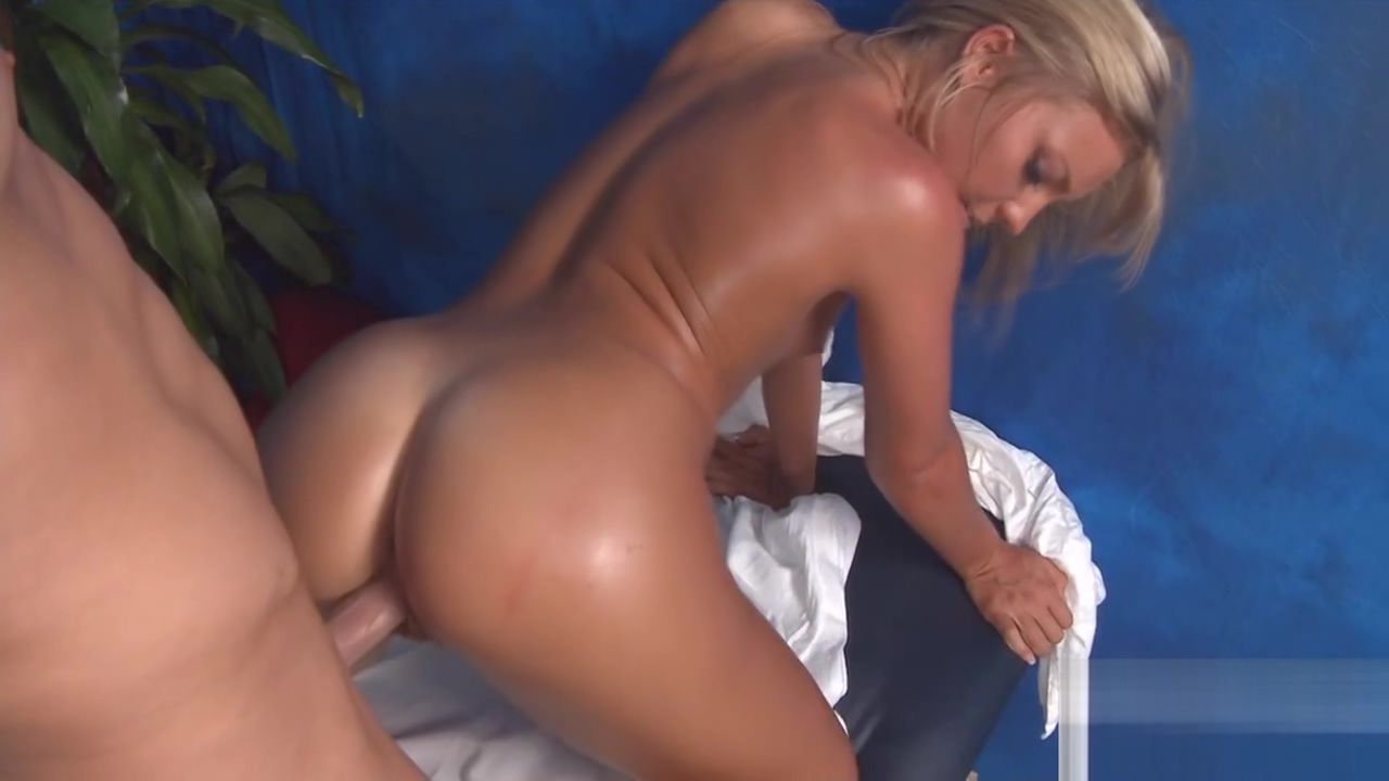 Watch this hot and slutty 18 yea rold My mother milf