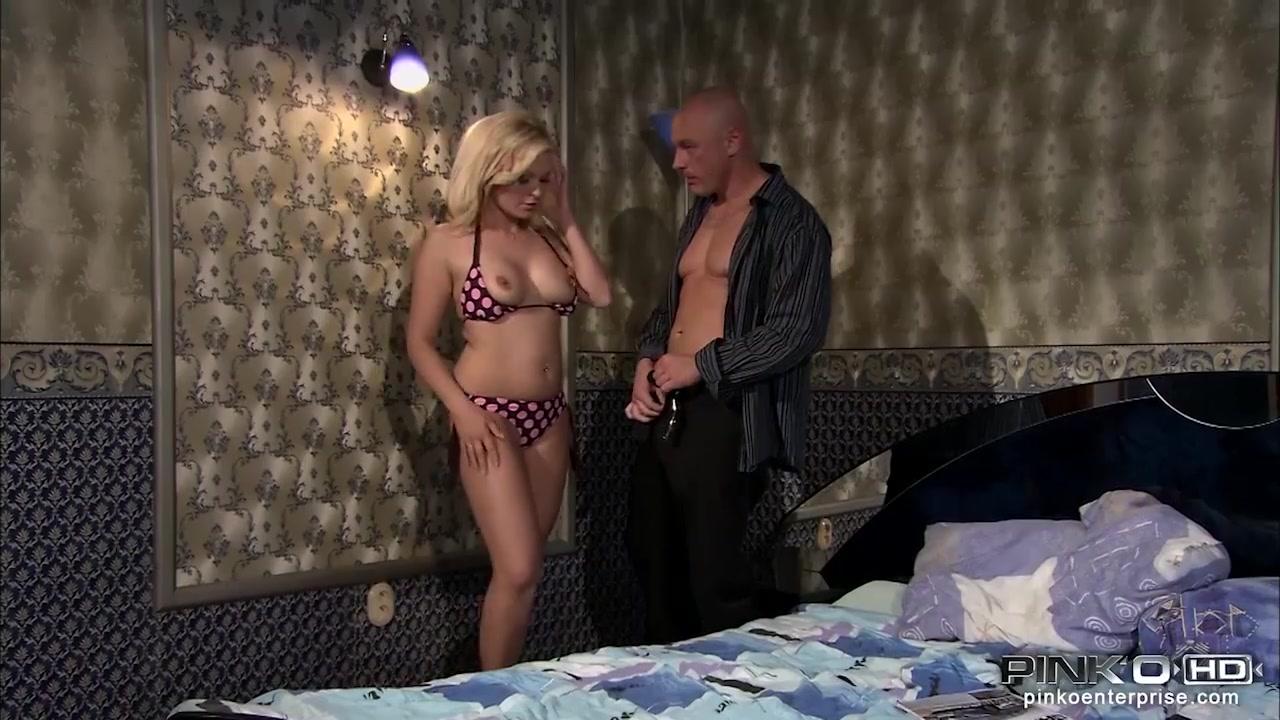 Hot Nude Sexy wet boobs