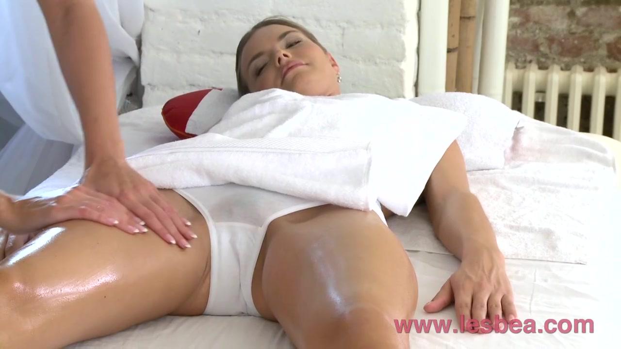 Tubes naked Lesbie horny