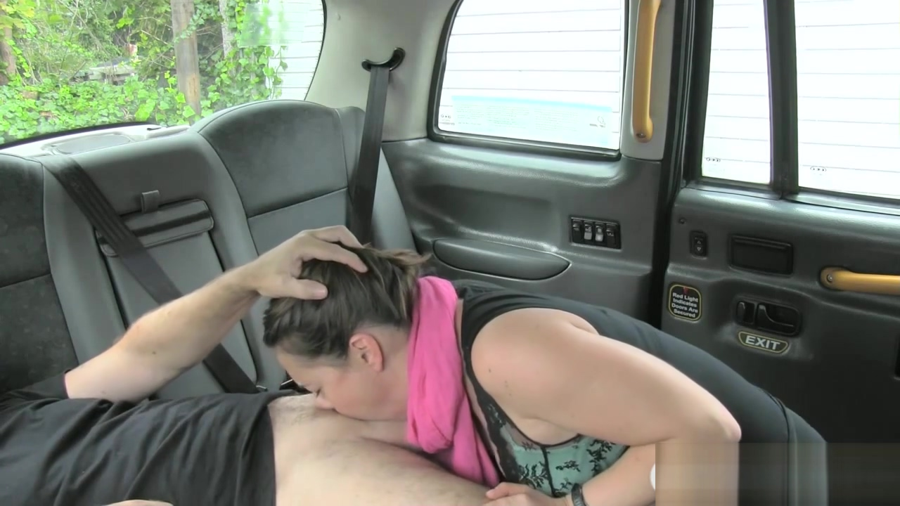 Pretty brunette babe sucks cock to pay for her cab fare scarlett johansson sexy seen clips