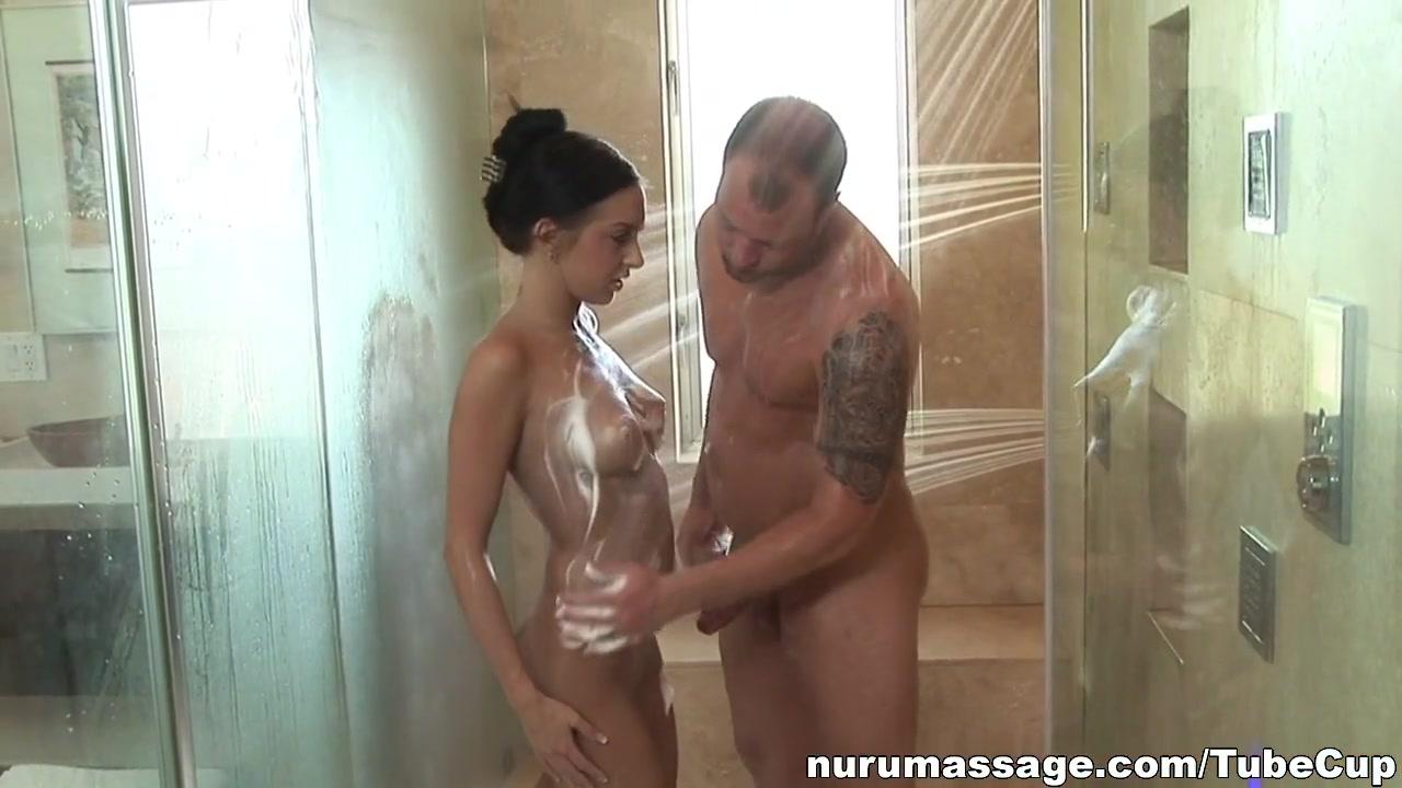 Nude gallery Milf lesbians porn pics