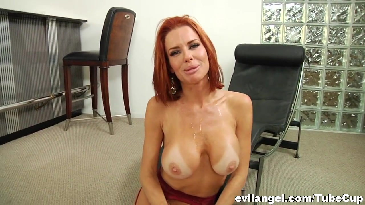 Adult archive Sexy mature hairdresser
