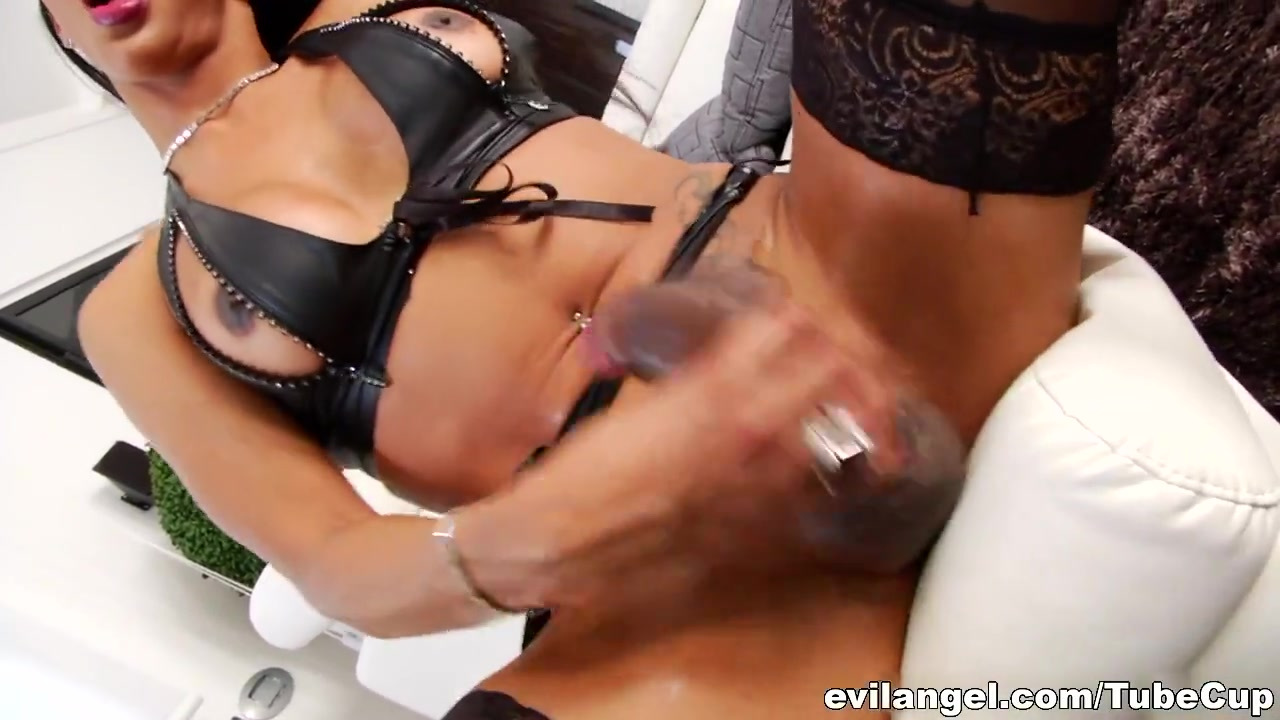 Chistel starr throat job facial xxx pics