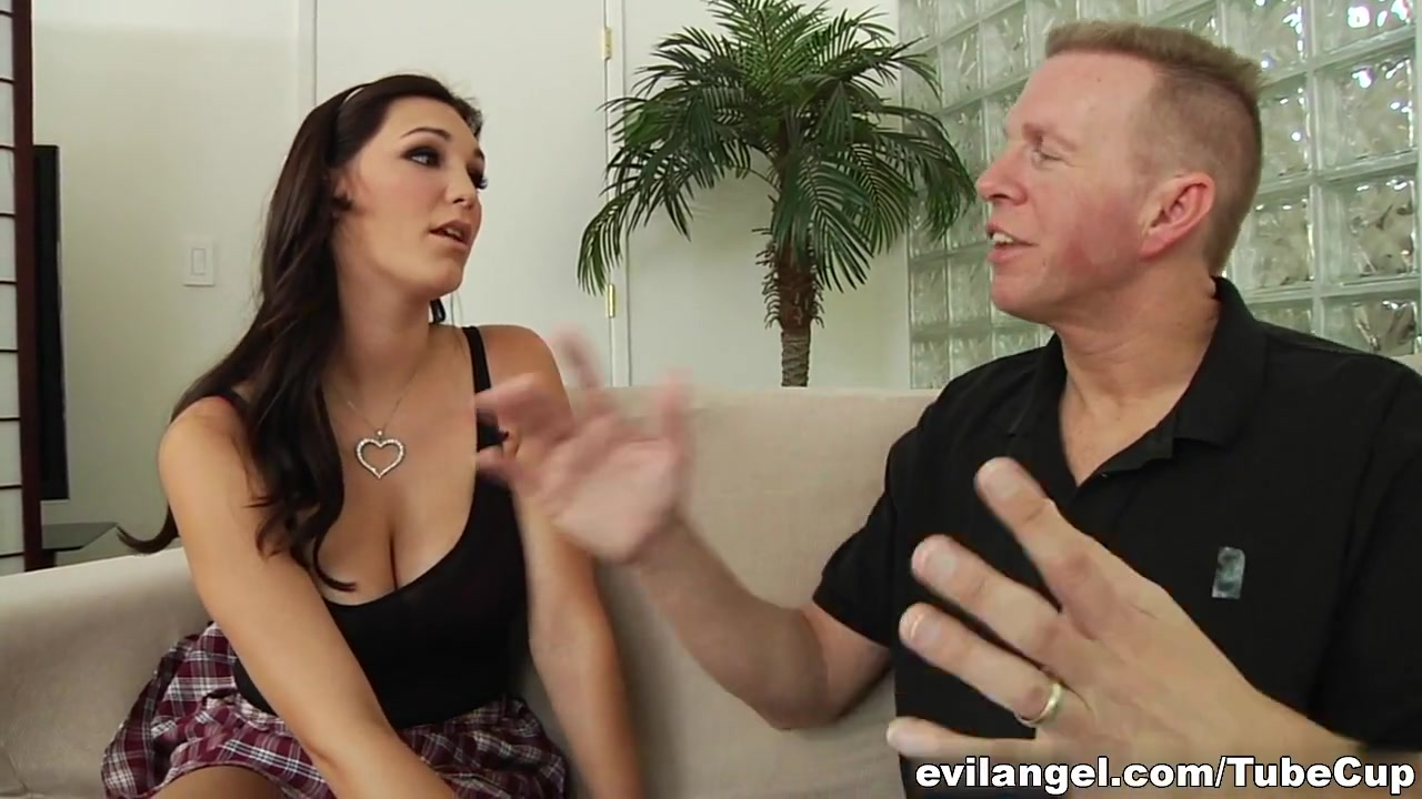 Nude gallery Big beautiful dating network