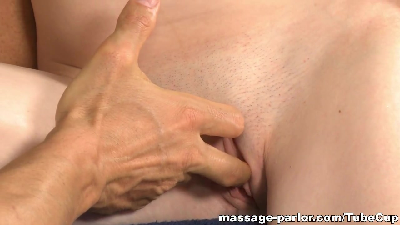Porn pictures Dominant footjob in alina s car
