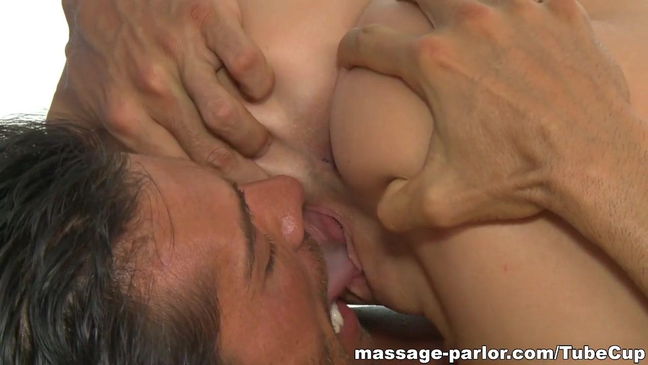 XXX photo Massage erotic francais