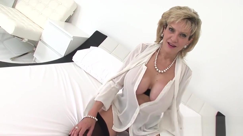 Unfaithful british milf lady sonia shows her heavy naturals penis enlargement surgery va