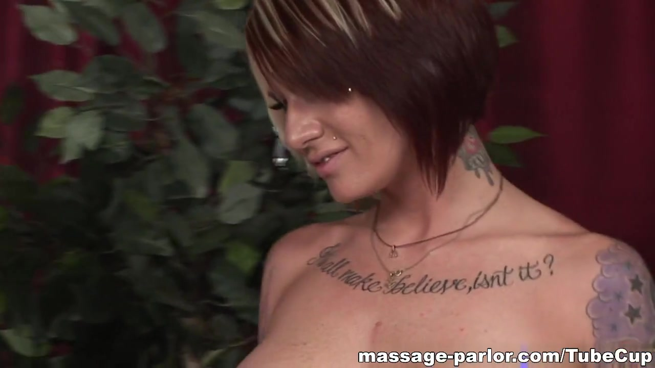 Shemales make love with their customers Sexy por pics