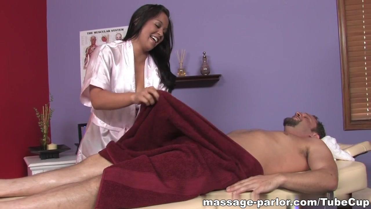 Nude 18+ Sexy huge boobs videos