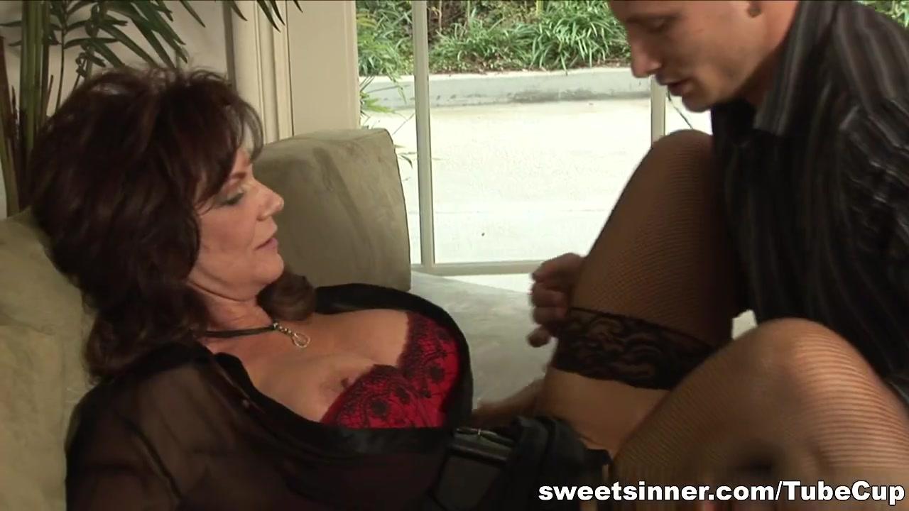 Best porno Full lenght latex sex videos
