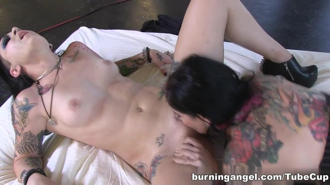 Porn Short hair chubby