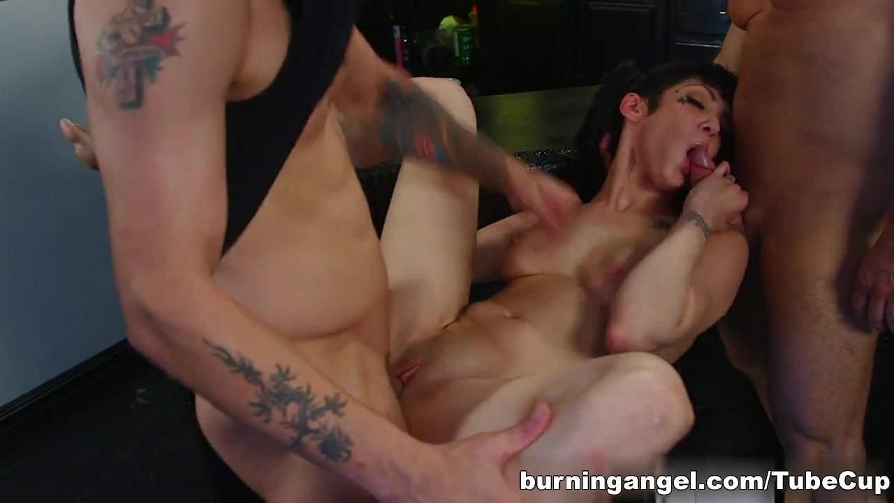 Naked xXx Black and white erotic nudes
