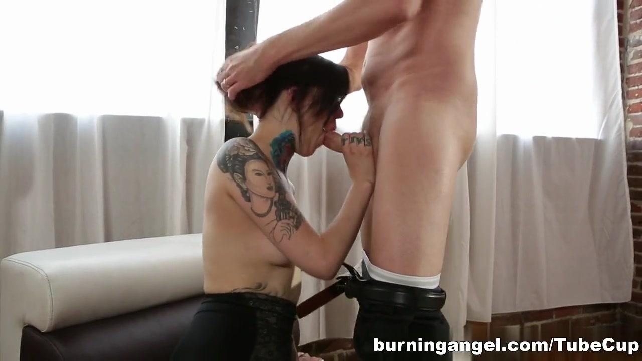 New porn Very skinny girls ass
