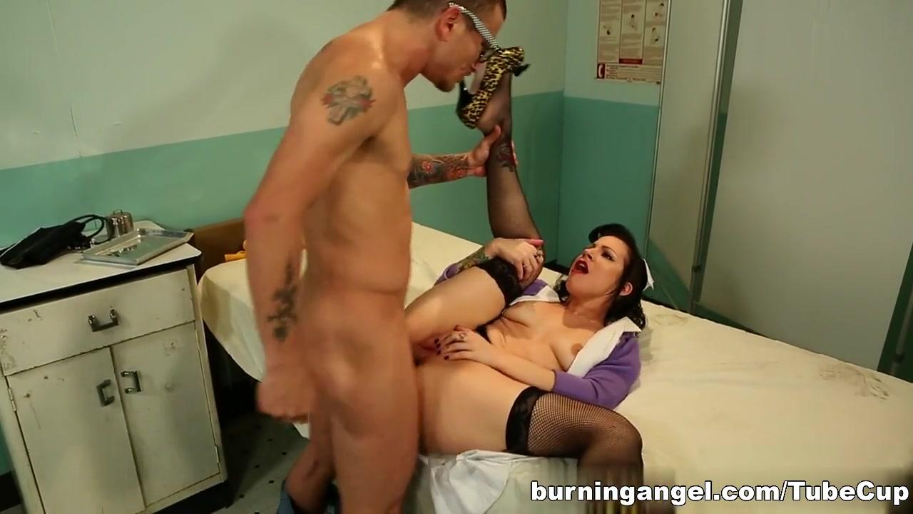 Nude photos Indian milf having sex