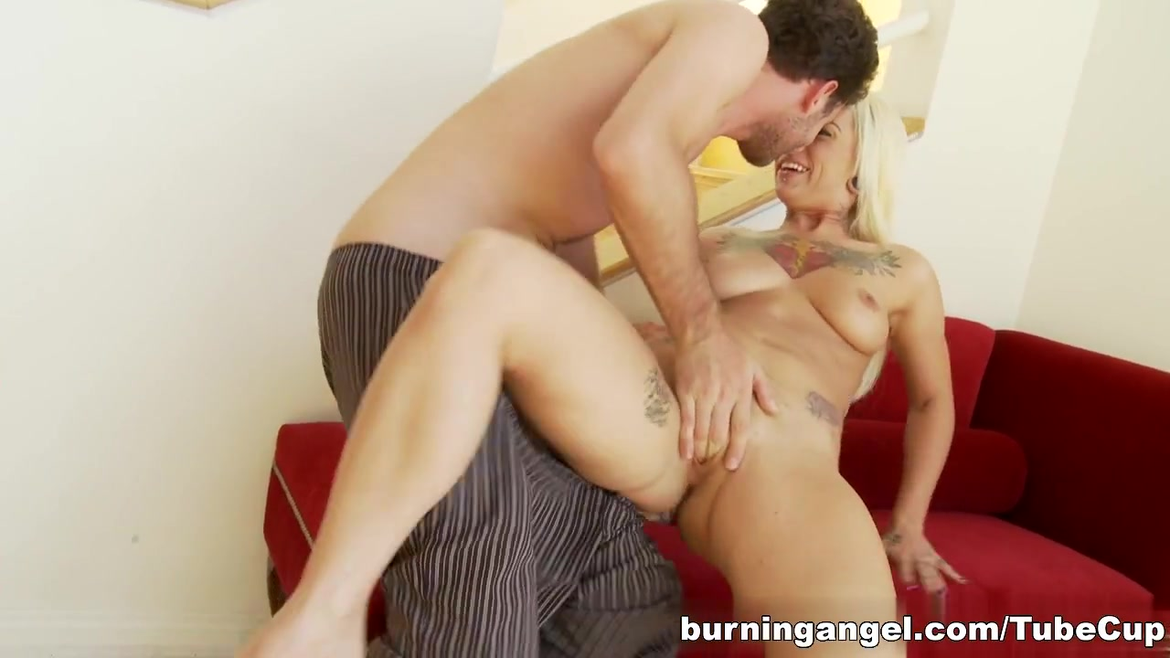 Hot Nude Fire out of ass