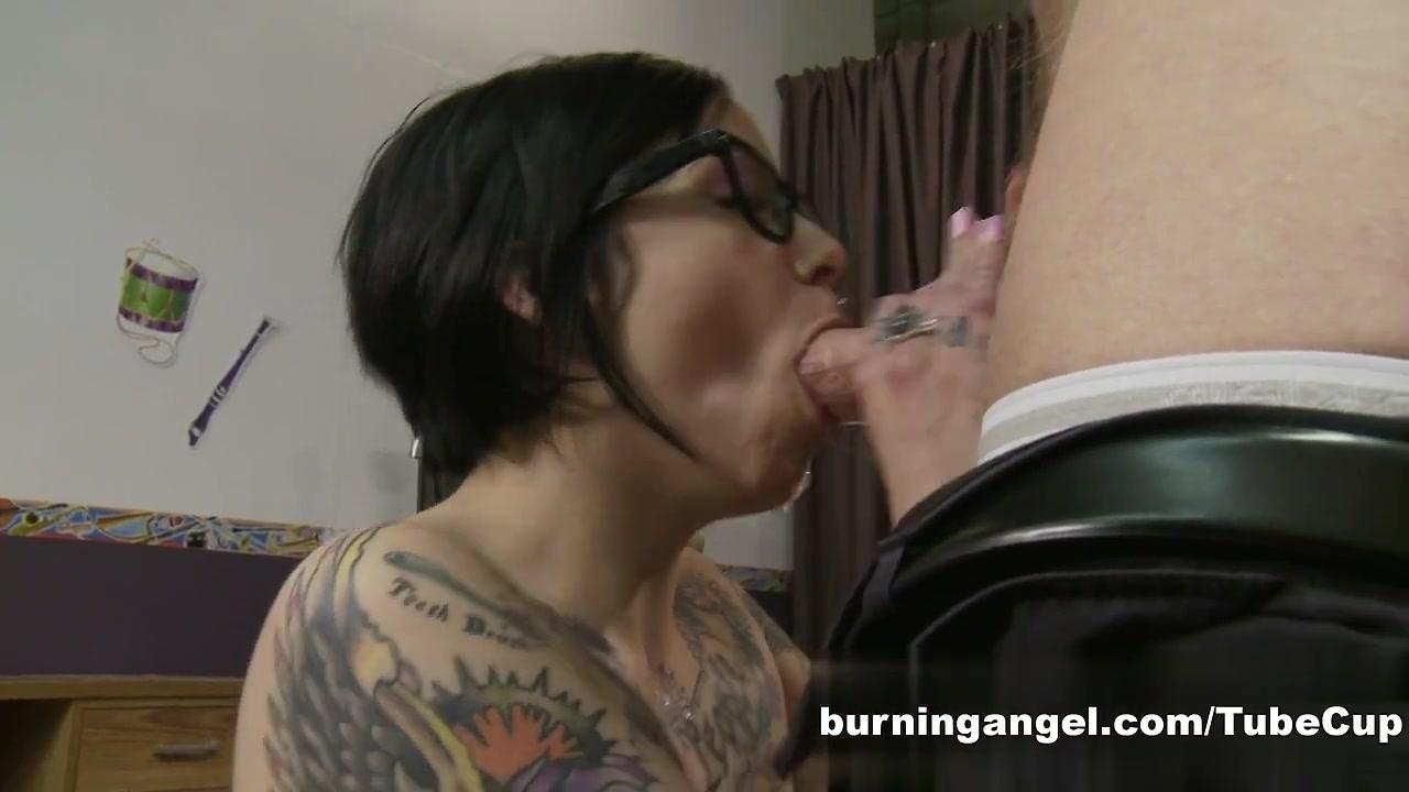 Nude photos Ashley helps her stepsis to reach orgasm