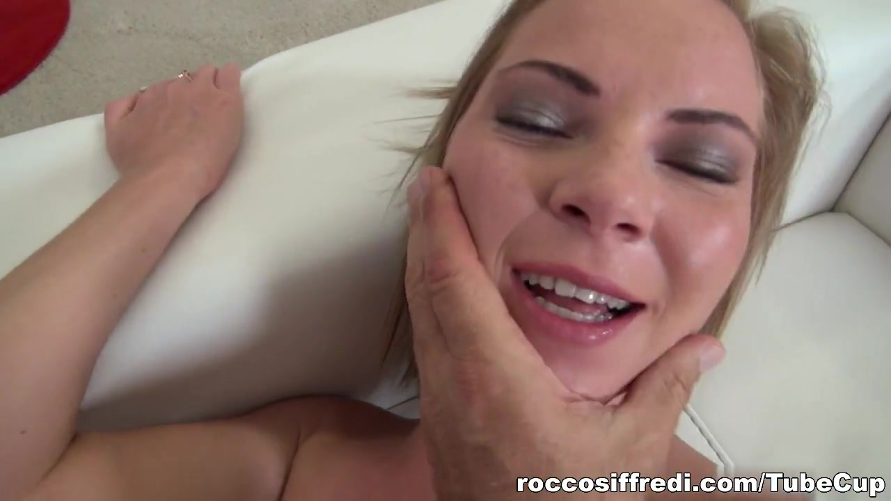 Porn pictures Huge black dick tiny white chick