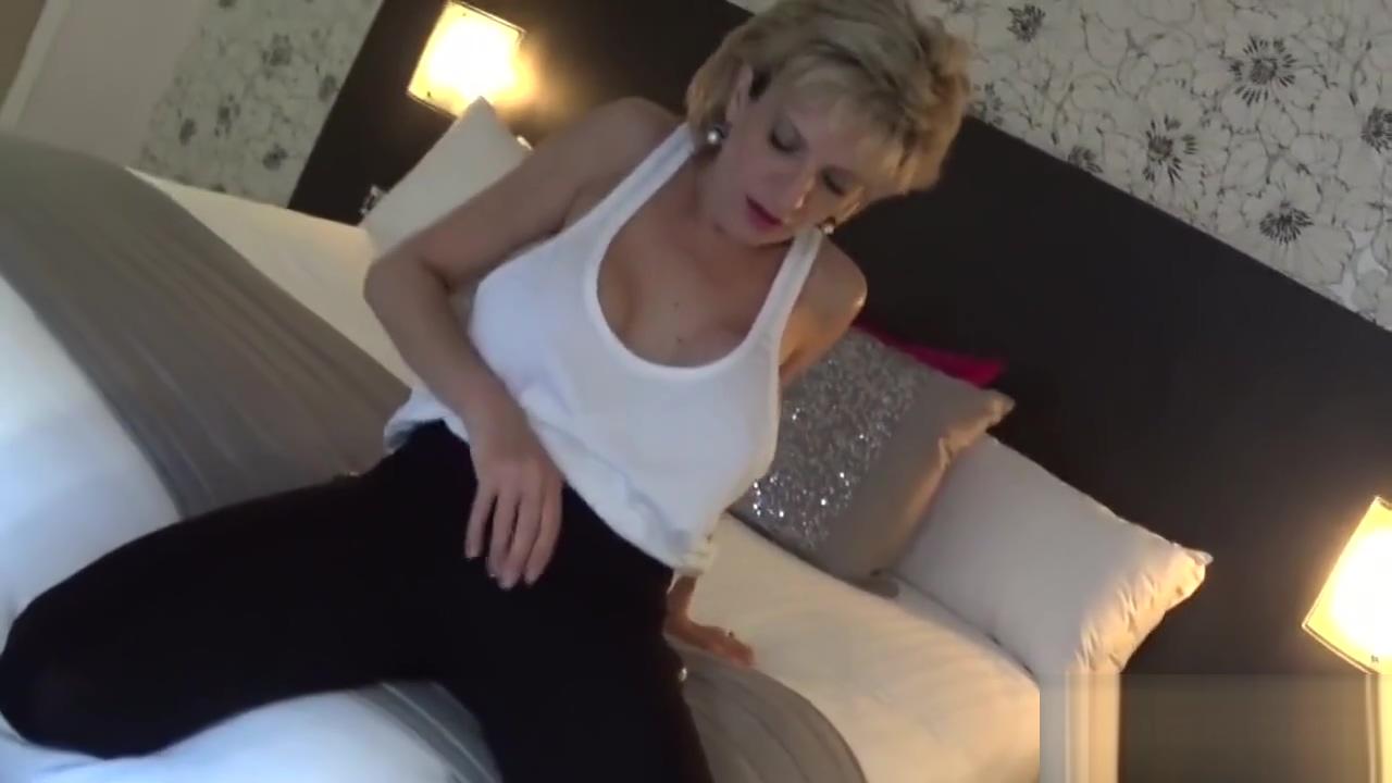Unfaithful british mature lady sonia showcases her monster puppies Tantra massage zutphen