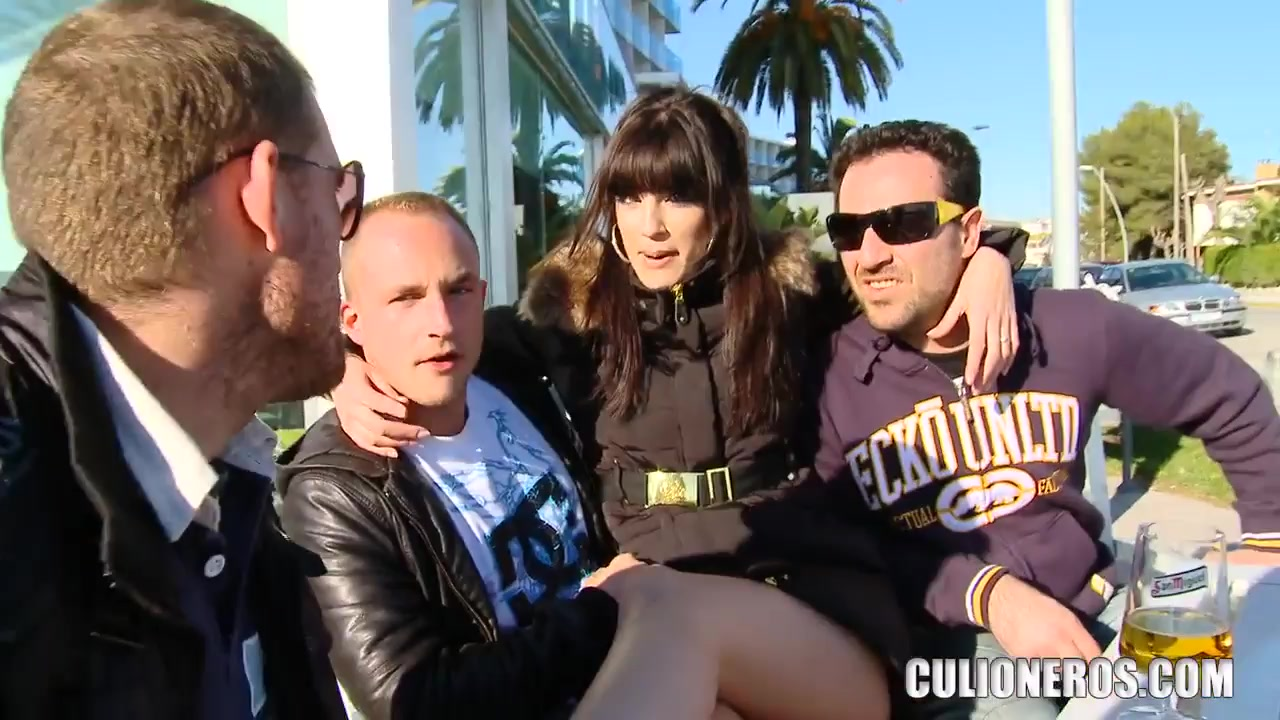 dating sendung vox Naked FuckBook