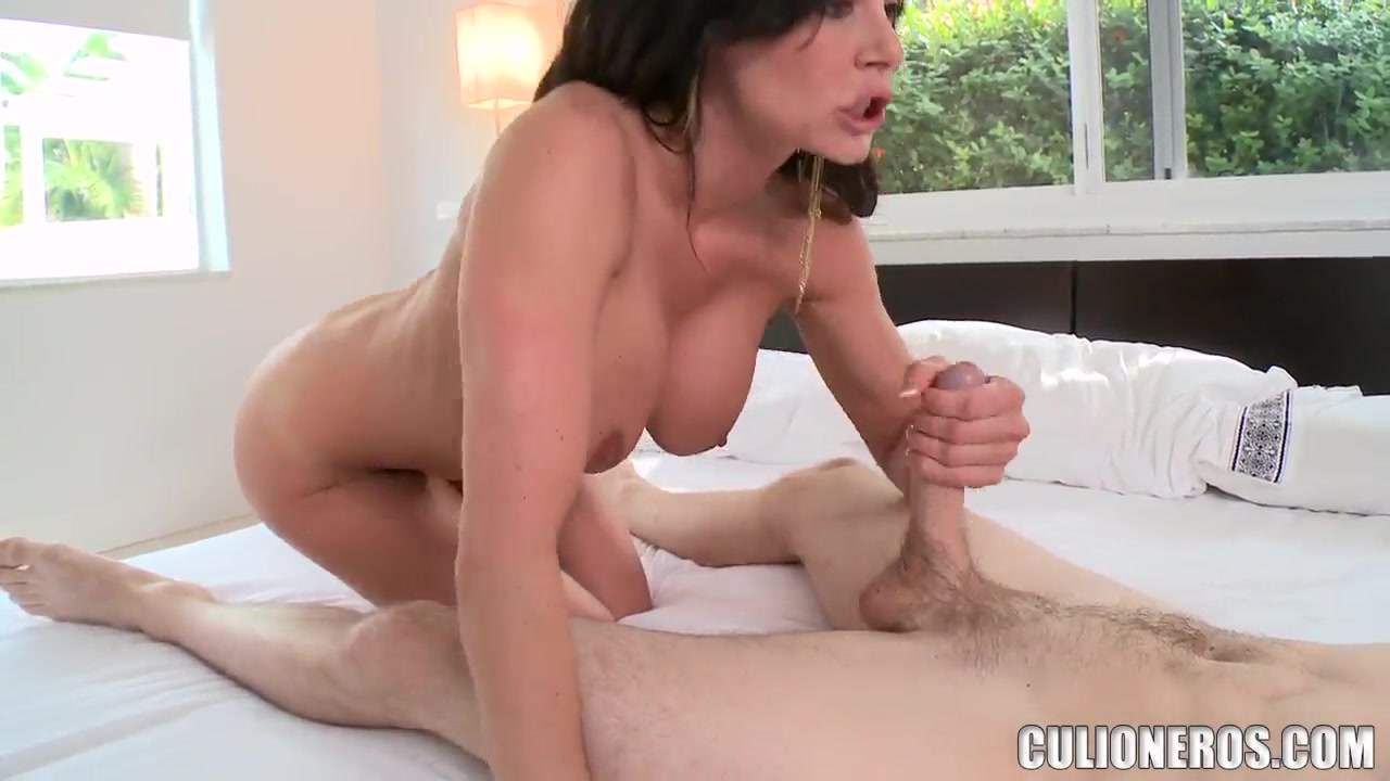 ellaphant list free porn Hot Nude