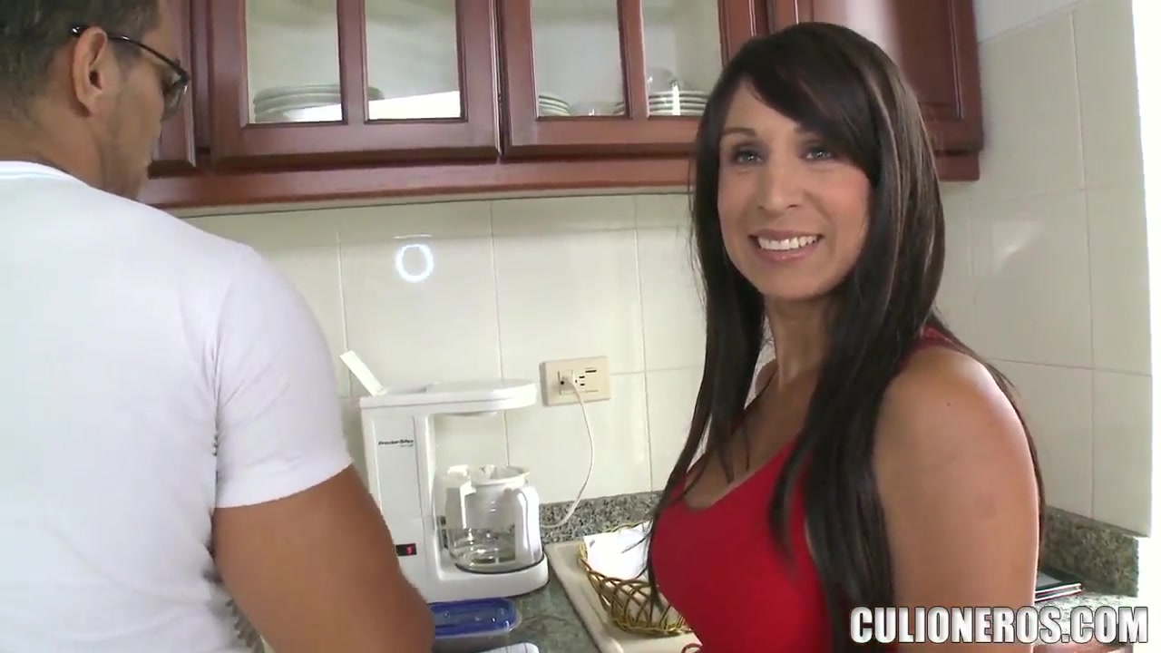 Cougar Tits Pictures Porn pic