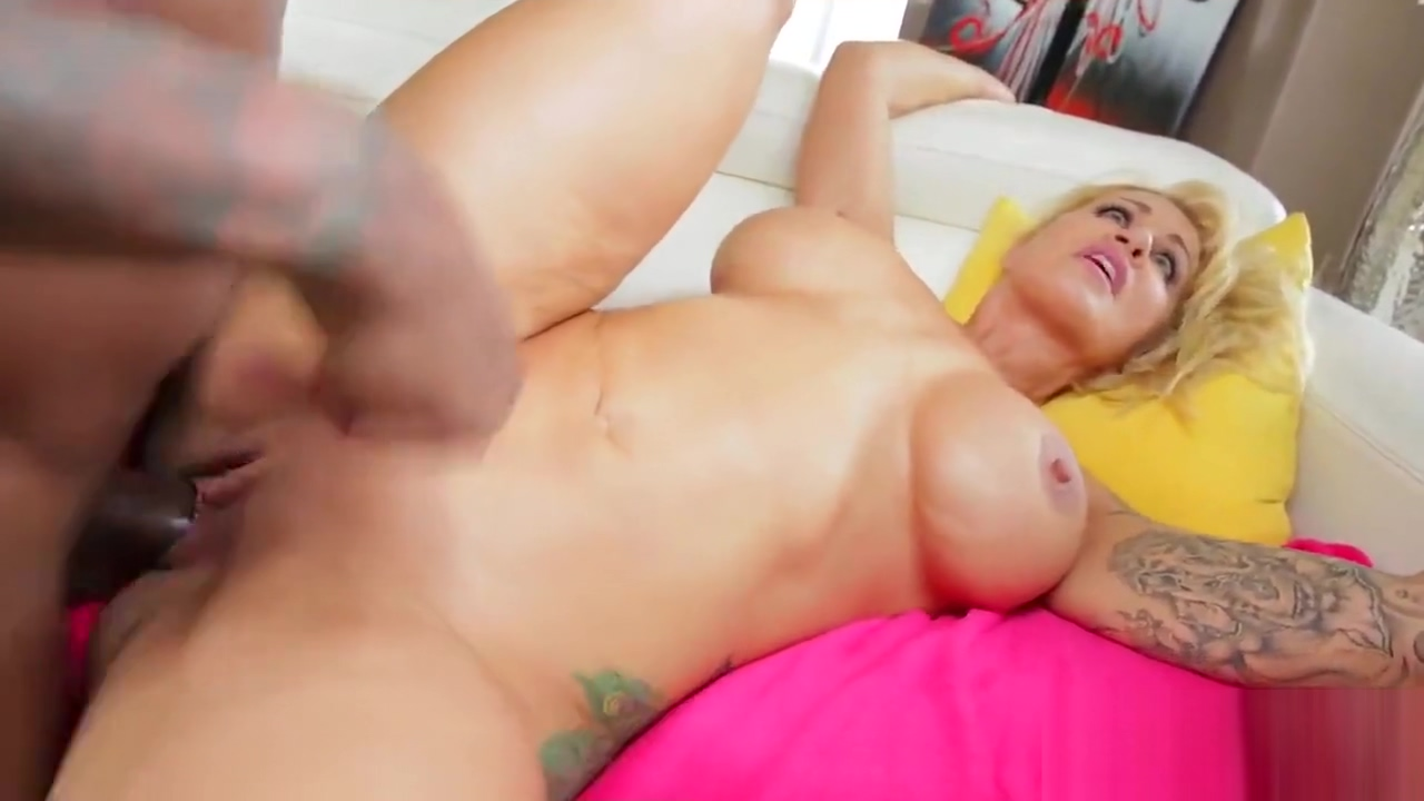 Pornstar hottie gets her anal banged with monster prick movie vidio penis pump