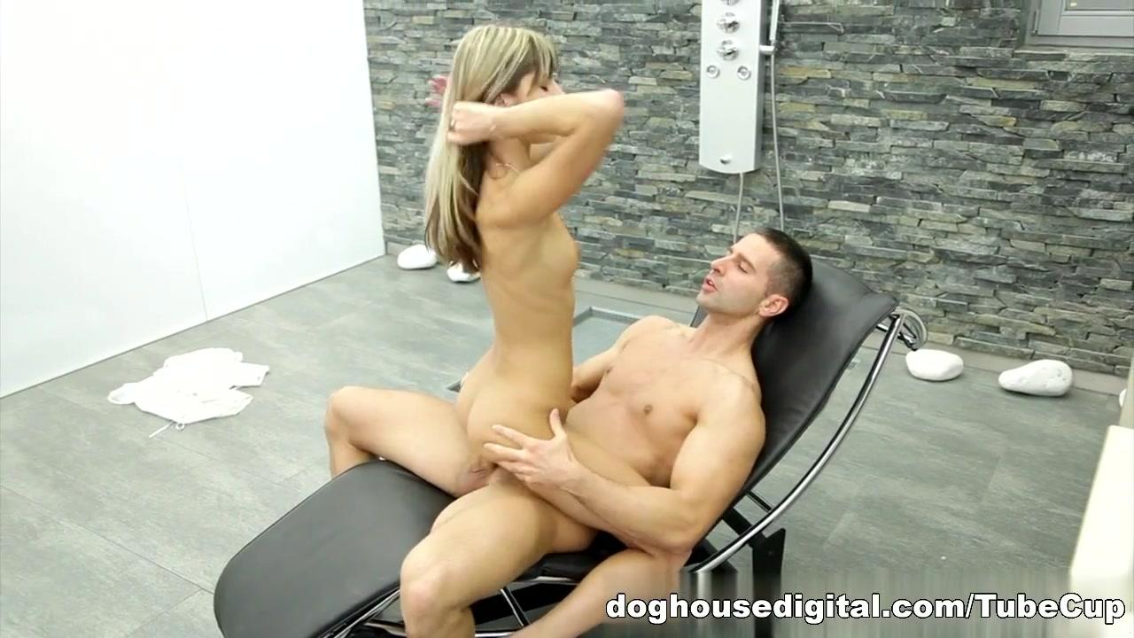 Porn Pics & Movies Ebony blowjob 3gp