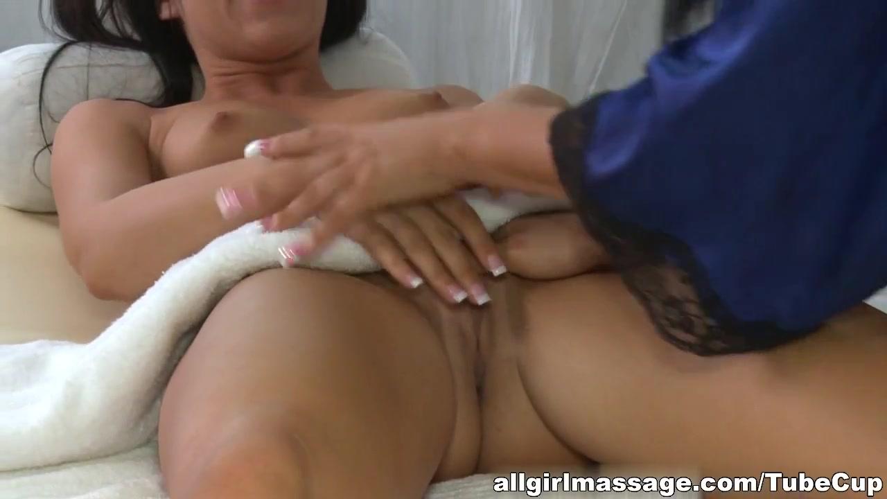 Man Piss Pissing Sex photo