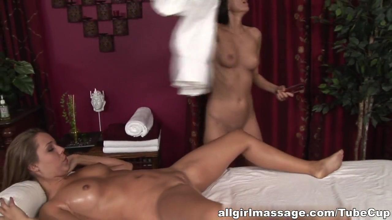 Naked Lesbic vidoe sexis