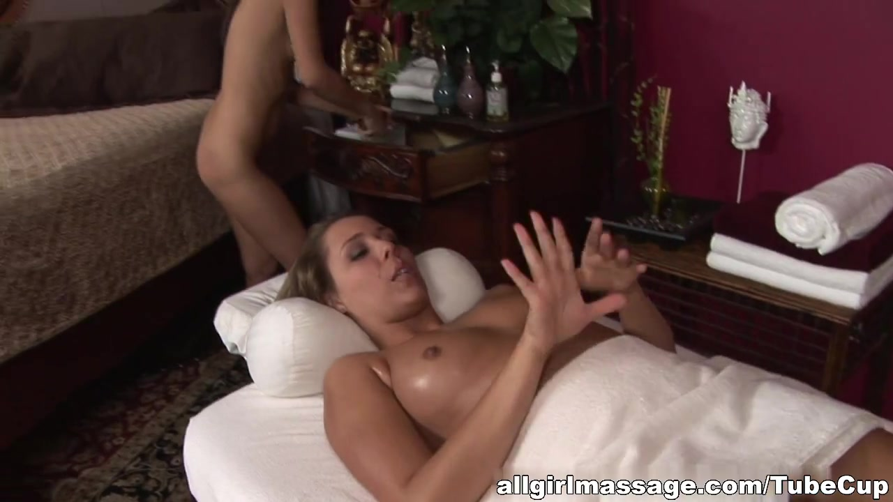 Lesbea porne fuckin Nipples