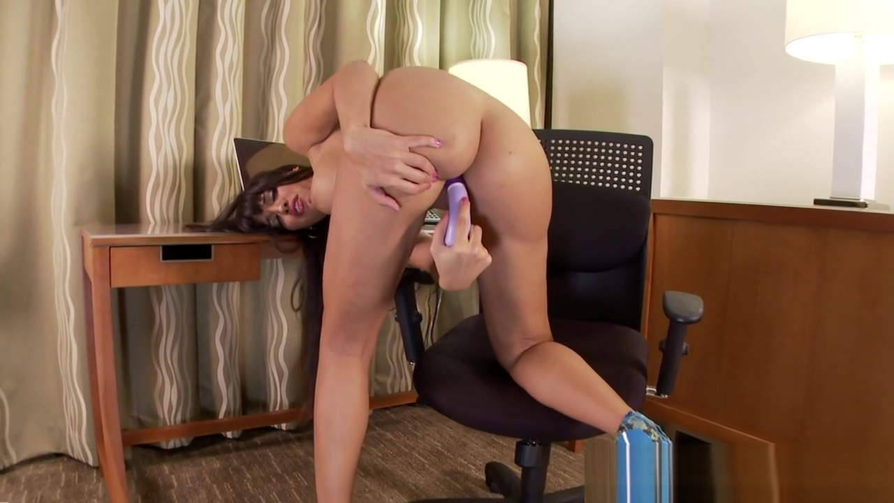 Busty pornstar pleasuring herself Bang bro castro cock