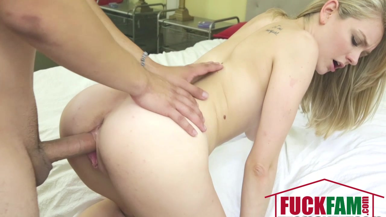 Porn tube Blonde luxury milf in solo action