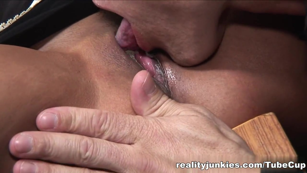Quality porn Asian orgasm on dildo bicycle