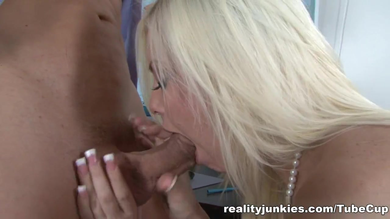 Cheryl ladd nude xXx Images