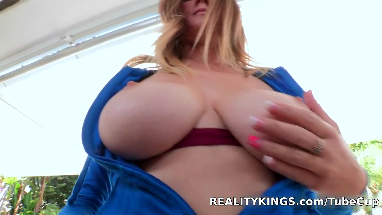 Naked Galleries Sexy milf anal dildo