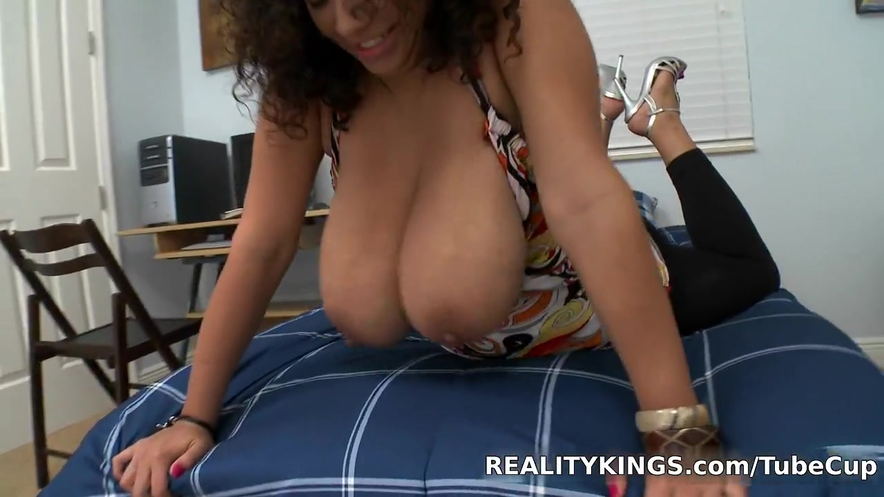 Hot xXx Video Banging two sweethearts