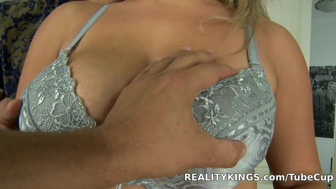 J lo dating yankee | Porn Pics & Movies